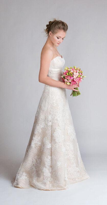 Свадебное платье напрокат Belfaso Свадебное платье - фото 1