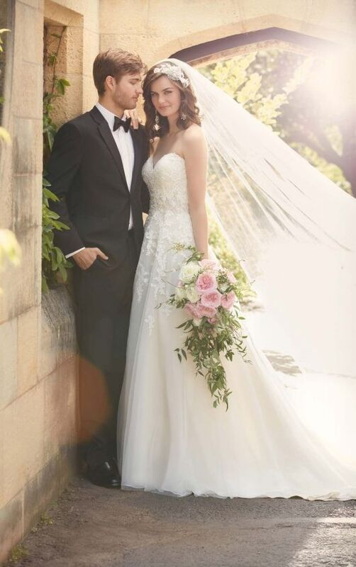 Свадебное платье напрокат Essense of Australia Платье свадебное D2000 - фото 4