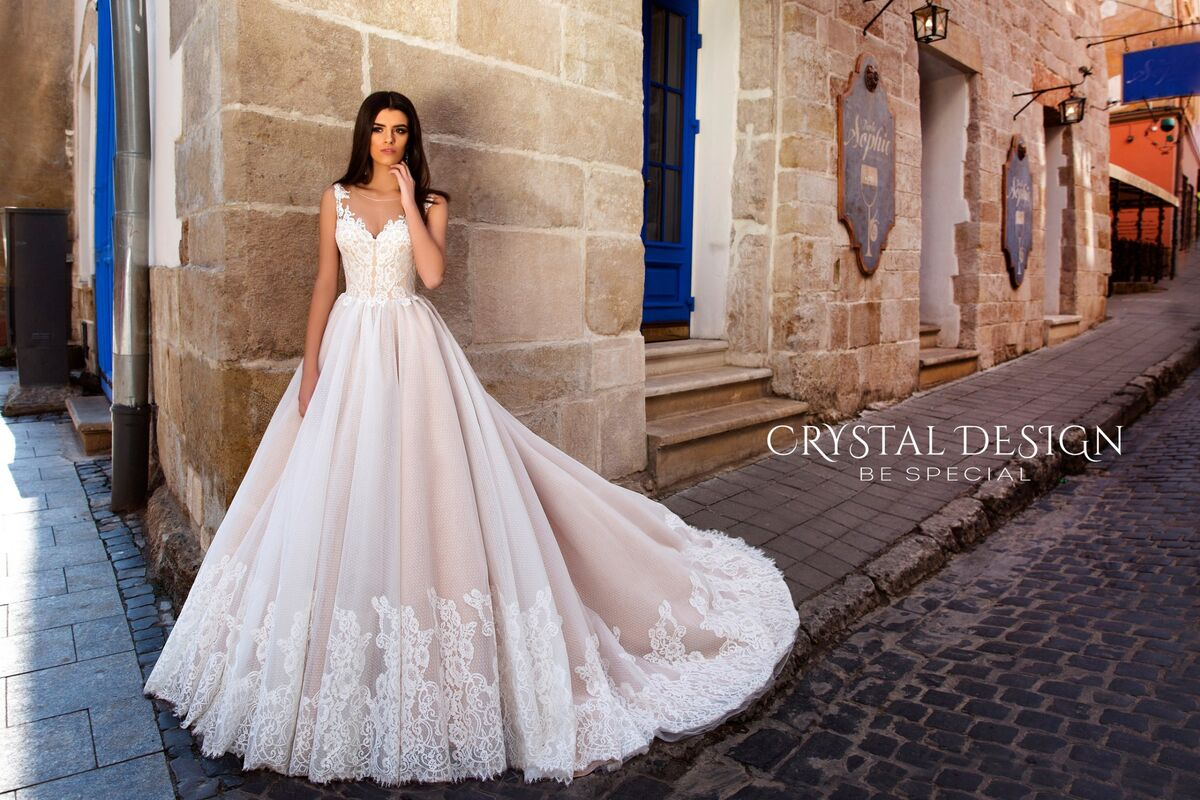 Свадебный салон Crystal Платье свадебное Avrora - фото 2