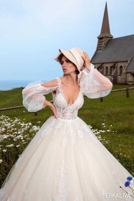 Свадебный салон Bonjour Galerie Свадебное платье ERKALIYA из коллекции BON VOYAGE - фото 3