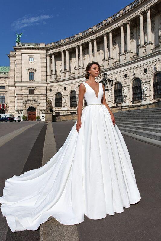 Свадебное платье напрокат Crystal Ivanna - фото 1