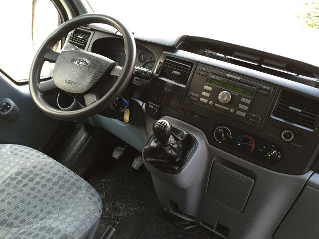 Аренда авто Ford Transit Jumbo Van 2012 г.в. - фото 3