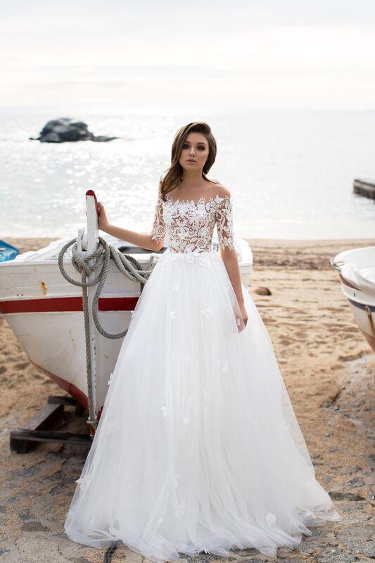 Свадебное платье напрокат Bonjour Платье свадебное «Nanzi» из коллекции LA SENSUALITE 2017 - фото 1