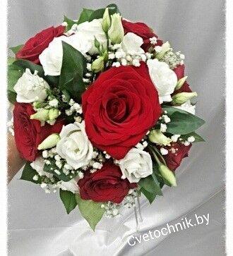 Магазин цветов Цветочник Букет невесты из красных роз - фото 1