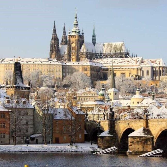 Туристическое агентство ТрейдВояж Автобусный экскурсионный тур CZE B04 «Рождество в Праге» - фото 1