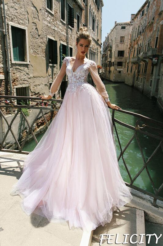 Свадебный салон Bonjour Galerie Свадебное платье Felicity из коллекции La Douceur - фото 1