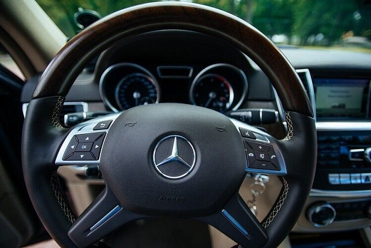 Аренда авто Mercedes-Benz GL 2015 г. - фото 7
