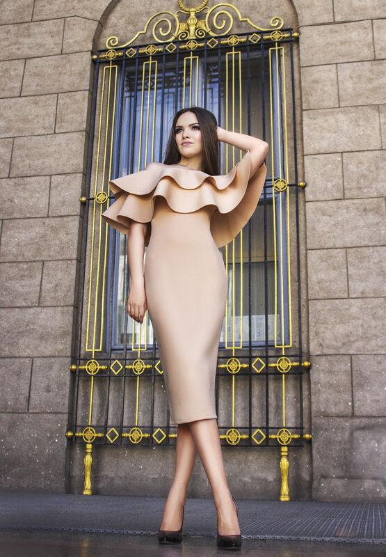 Вечернее платье Shkafpodrugi Нежно-розовое облегающее платье миди - фото 1