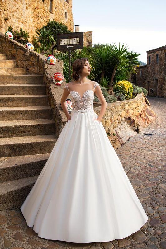 Свадебное платье напрокат Bonjour Платье свадебное «Neftis» из коллекции LA SENSUALITE 2017 - фото 1