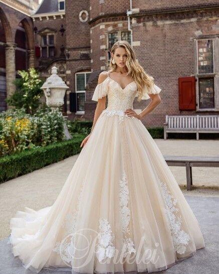 Свадебное платье напрокат Lavender Свадебное платье Emeralda - фото 1