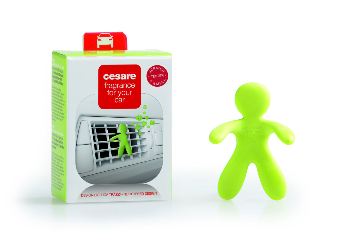 Подарок на Новый год Mr & Mrs Fragrance Ароматизатор воздуха для автомобиля Cesare - фото 1