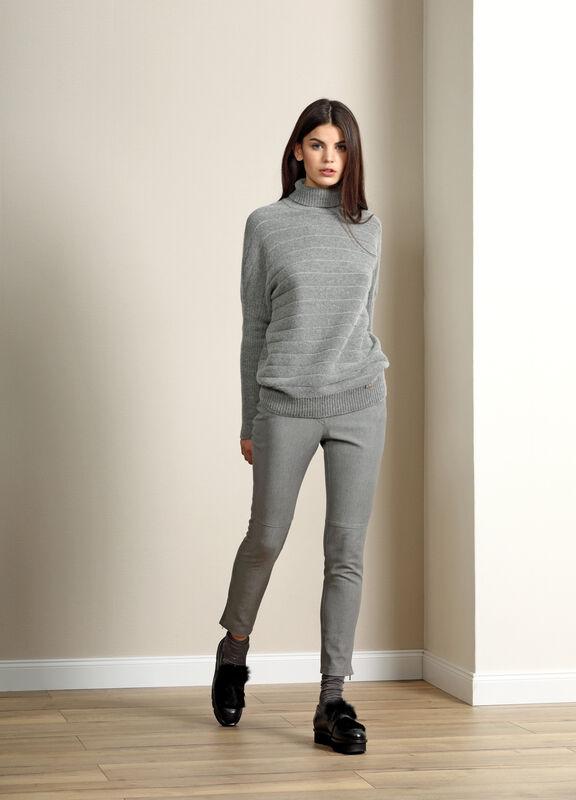 Кофта, блузка, футболка женская Burvin Свитер женский 5690 - фото 1