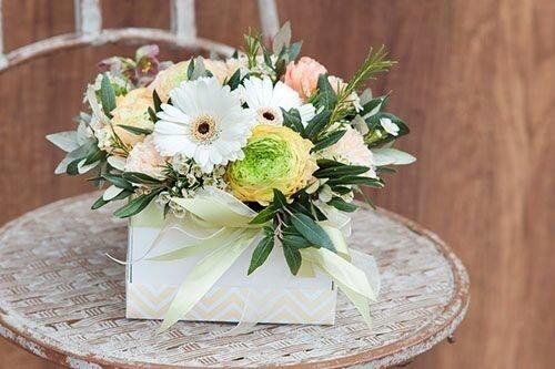 Магазин цветов Цветы на Киселева Композиция в коробке № 203 - фото 1