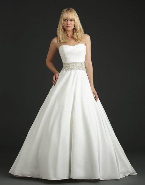 Свадебное платье напрокат Allure Bridals Платье свадебное Р966 - фото 1