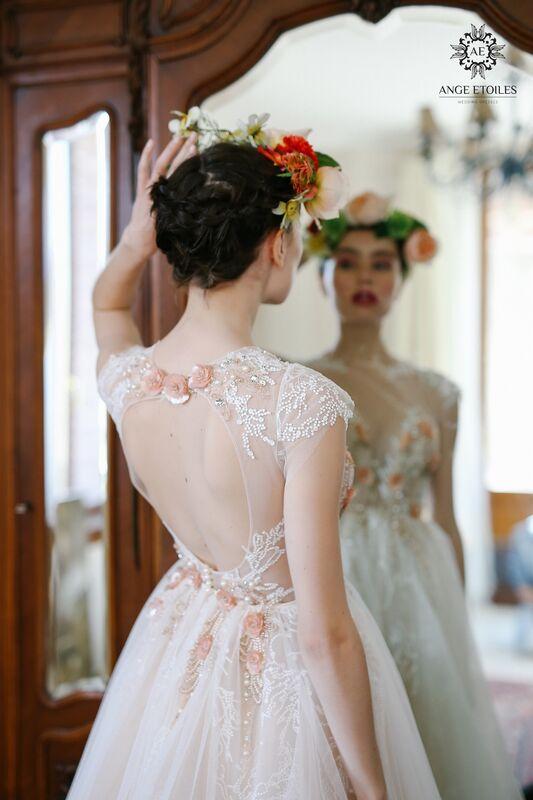 Свадебный салон Ange Etoiles Свадебное платье AEriality Collection  Fibi - фото 3