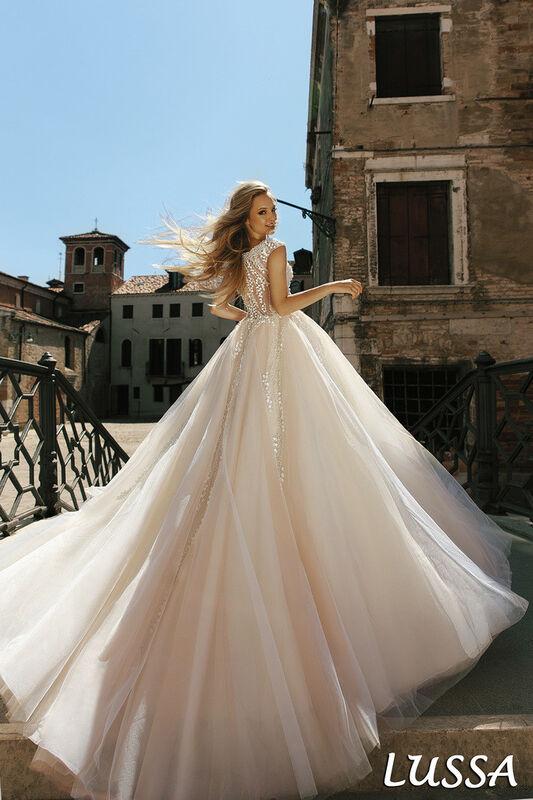Свадебный салон Bonjour Galerie Свадебное платье Lussa из коллекции La Douceur - фото 3
