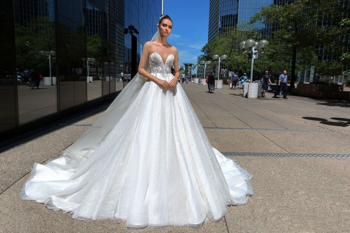 Свадебный салон Crystal Свадебное платье Larcy - фото 1