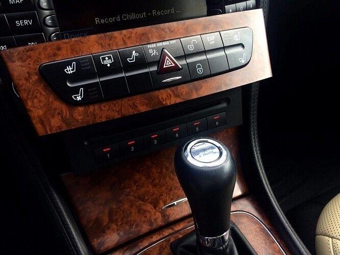 Прокат авто Mercedes-Benz W219 CLS Чёрного цвета - фото 6