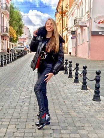 Верхняя одежда женская It's me! (Это Я!) Куртка женская с воротником из натурального меха - фото 1