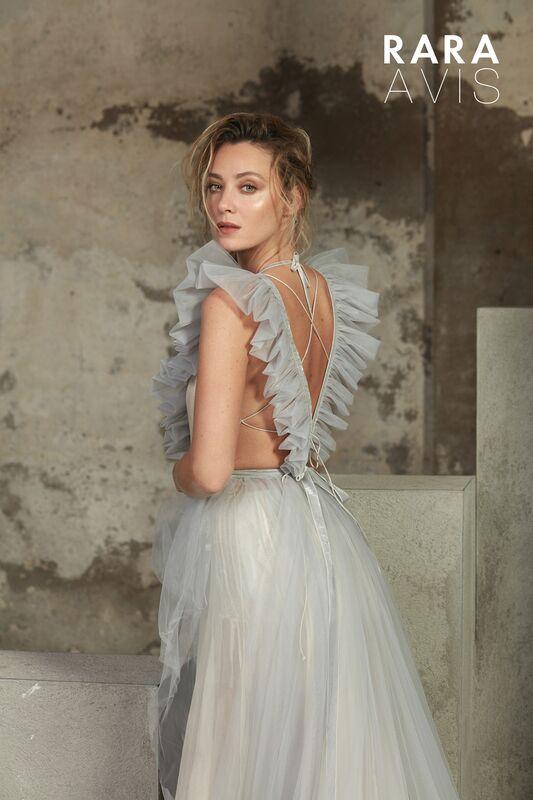 Свадебный салон Rara Avis Свадебное платье Floral Paradise Tisa - фото 2