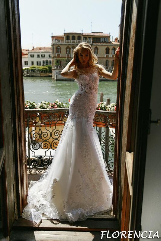 Свадебный салон Bonjour Galerie Свадебное платье Florencia из коллекции La Douceur - фото 1