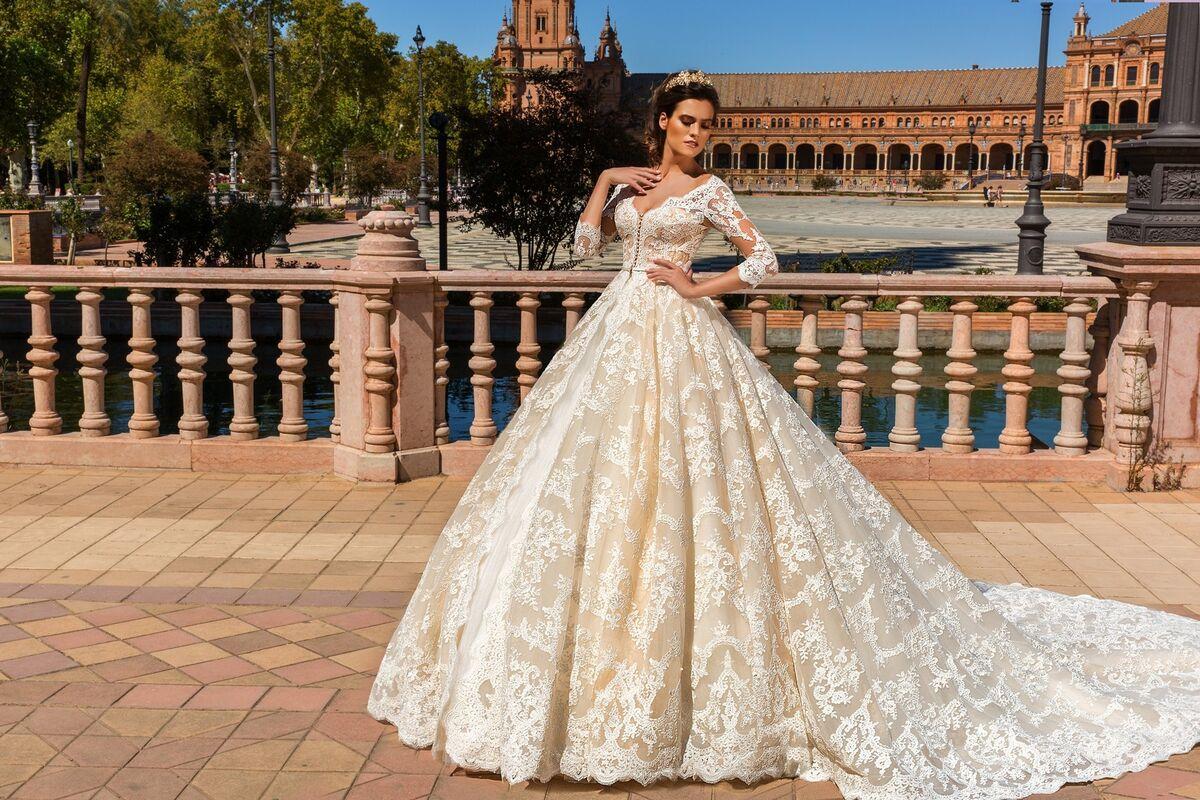 Свадебное платье напрокат Crystal Свадебное платье Amelia - фото 1