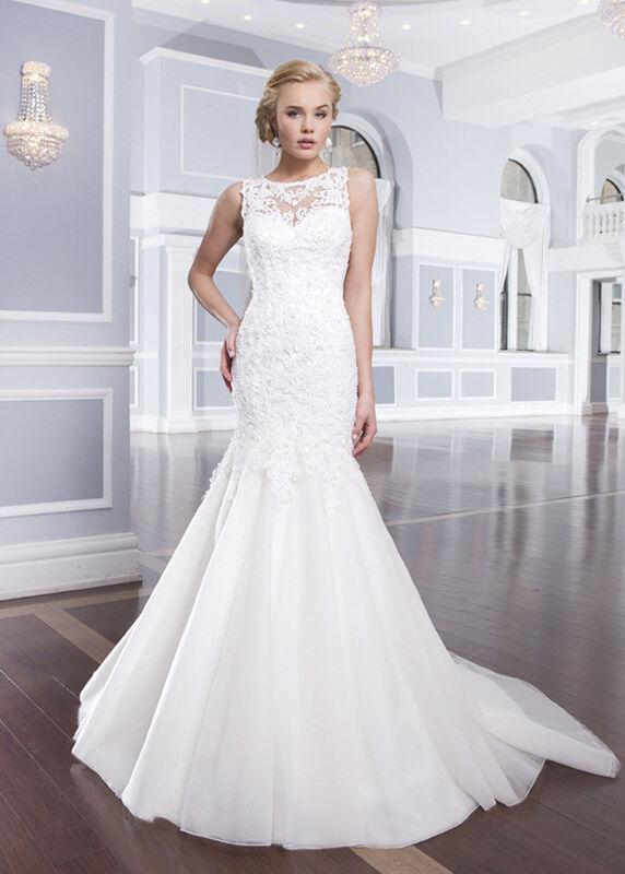 Свадебное платье напрокат Lillian West Платье свадебное «Assolle» - фото 1