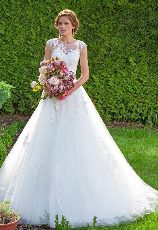 Свадебное платье напрокат Destiny Collection Платье свадебное 1628 - фото 1