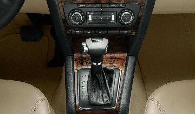Прокат авто SKODA Octavia 2014 MT - фото 5