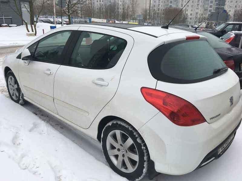 Прокат авто Peugeot 308 2011 - фото 3
