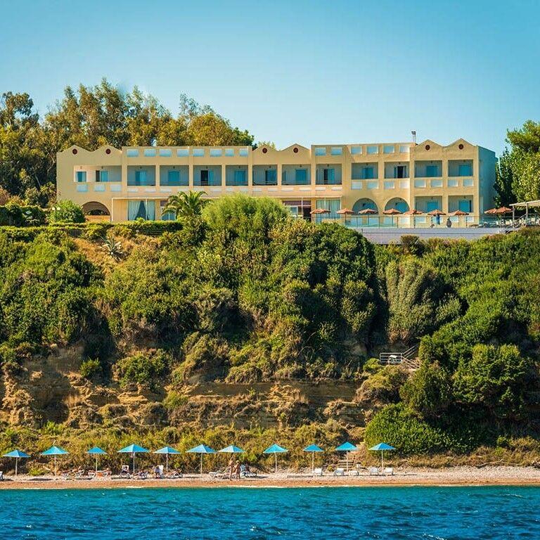 Туристическое агентство СВ-тур Пляжный авиатур в Грецию, п-ов Пелопоннес, Niforeika Beach Hotel & Bungalows 3* - фото 1