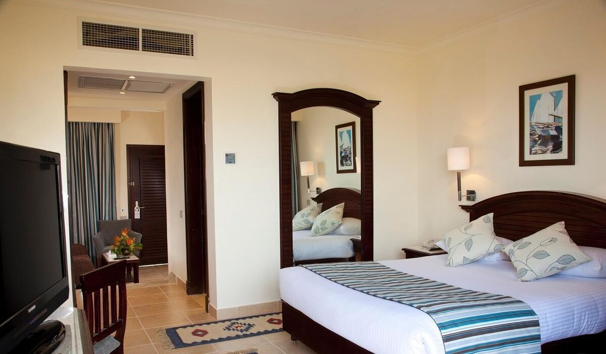 Туристическое агентство Санни Дэйс Пляжный авиатур в Египет, Хургада, Coral Beach Resort Hurghada 4* - фото 8