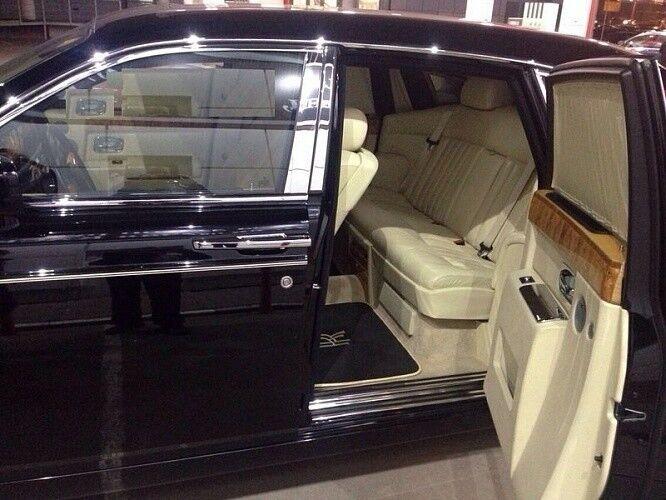 Прокат авто Rolls-Royce Phantom черного цвета - фото 8