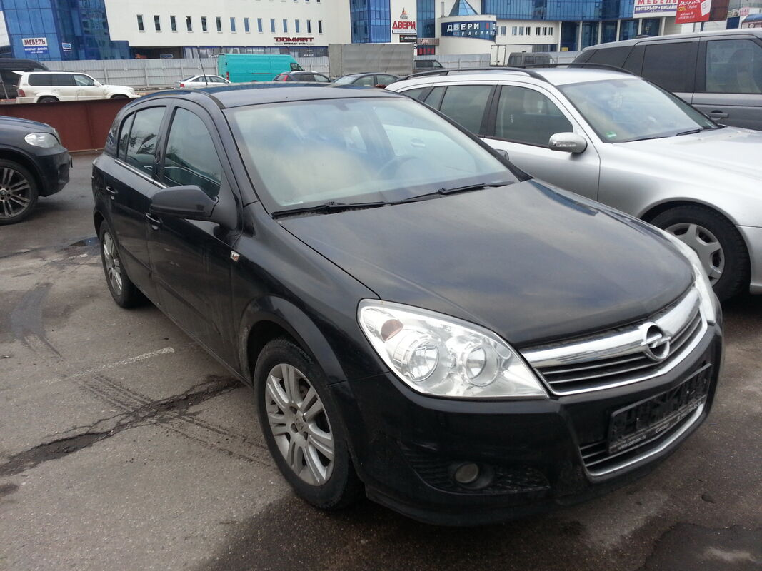 Аренда авто Opel Astra 2012 года - фото 1