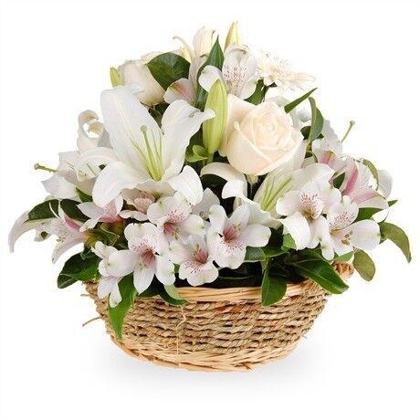 Магазин цветов Планета цветов Корзина с цветами №3 - фото 1