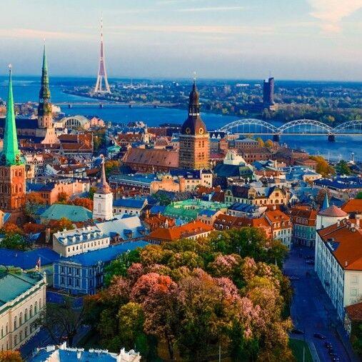 Туристическое агентство Новая Планета Автобусный тур для студентов и школьников «Таллин – Хельсинки – Таллин – Рига» - фото 1