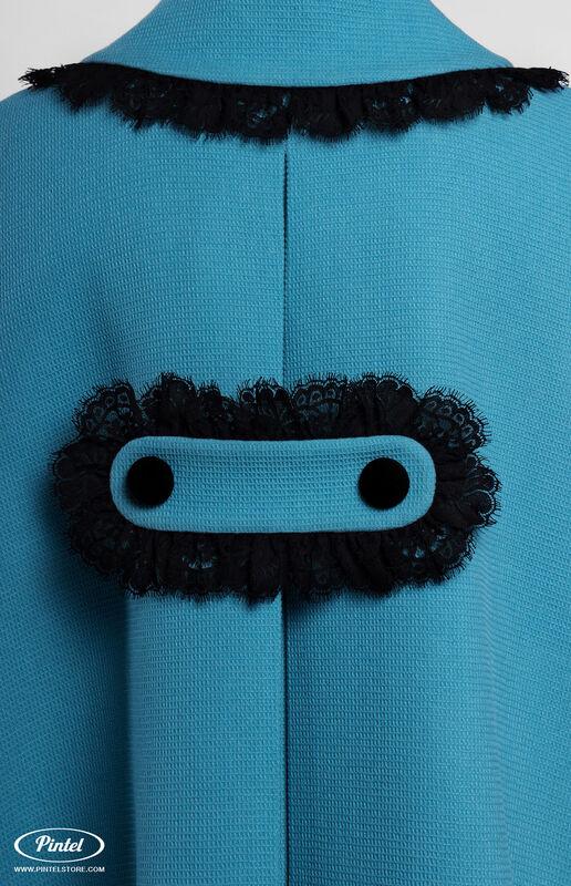 Верхняя одежда женская Pintel™ Кейп из голубой натуральной шерсти Mellaáni - фото 6