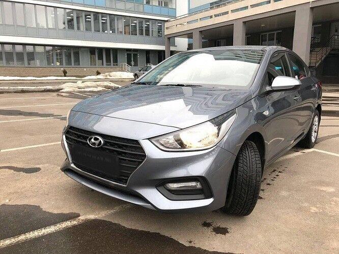 Прокат авто Hyundai Solaris серебристый - фото 1
