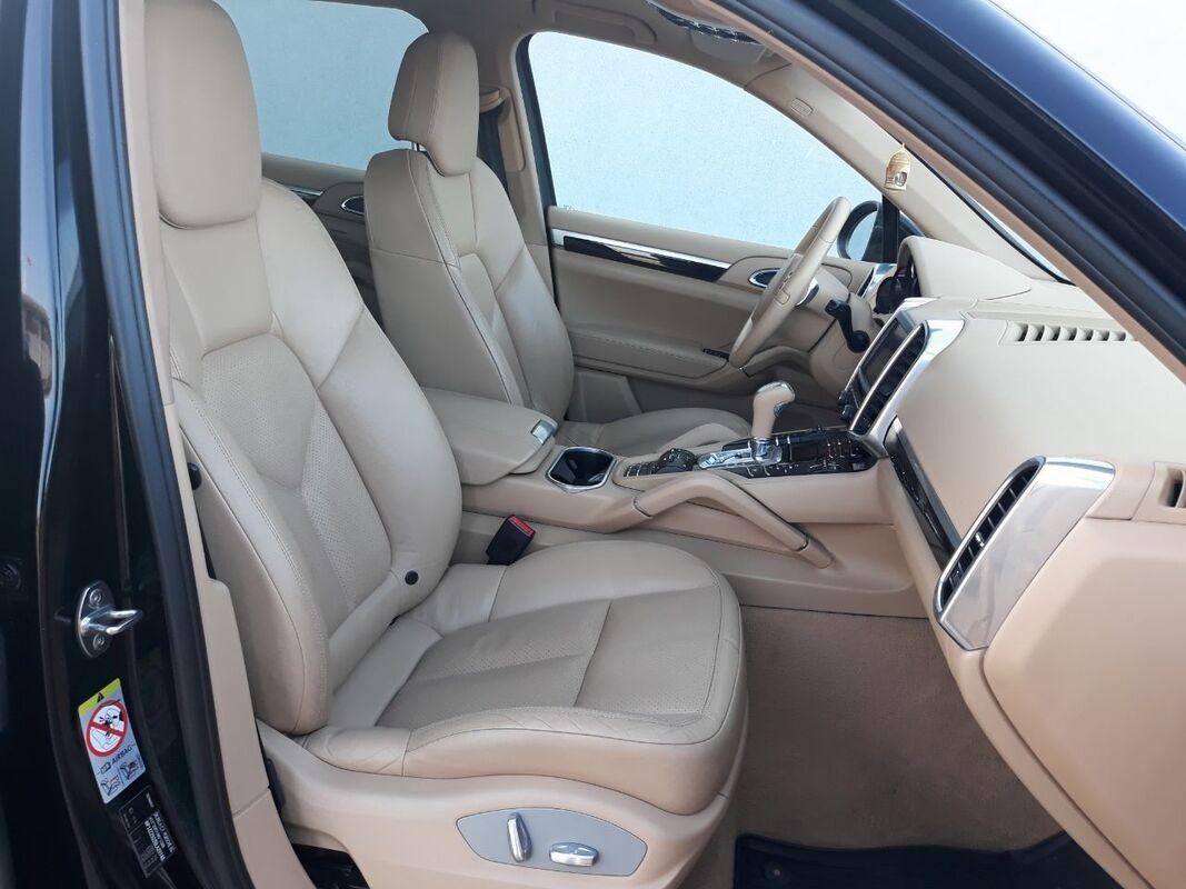Прокат авто Porsche Cayenne 2010 г.в. - фото 13