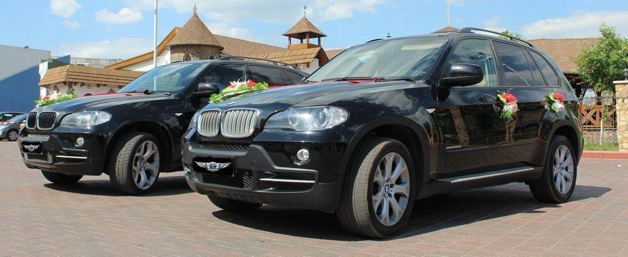 Прокат авто BMW X5 черного цвета - фото 4