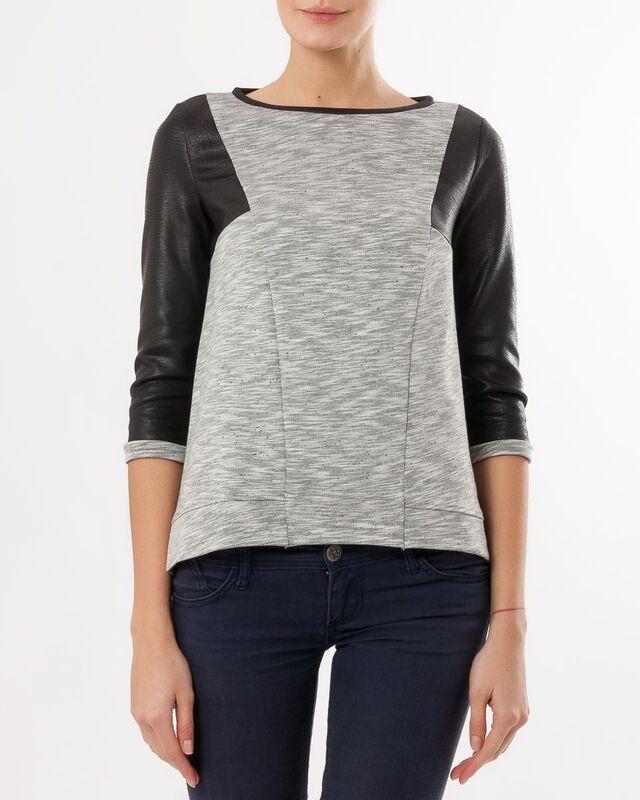 Кофта, блузка, футболка женская Mark Formelle Джемпер женский 122336 - фото 1