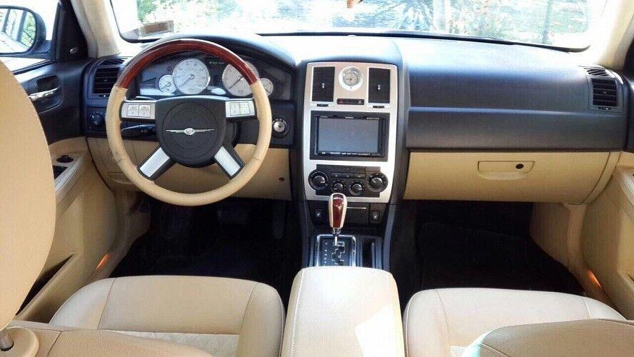 Прокат авто Chrysler 300C White - фото 5