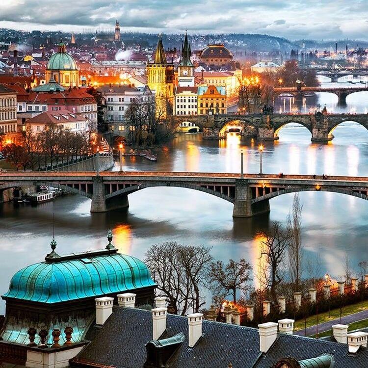 Туристическое агентство Респектор трэвел Автобусный экскурсионный тур «Брно – Вена* – Прага» - фото 1