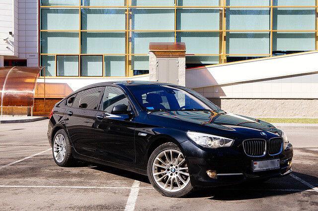 Прокат авто BMW 535i GT 2011 г.в. - фото 1