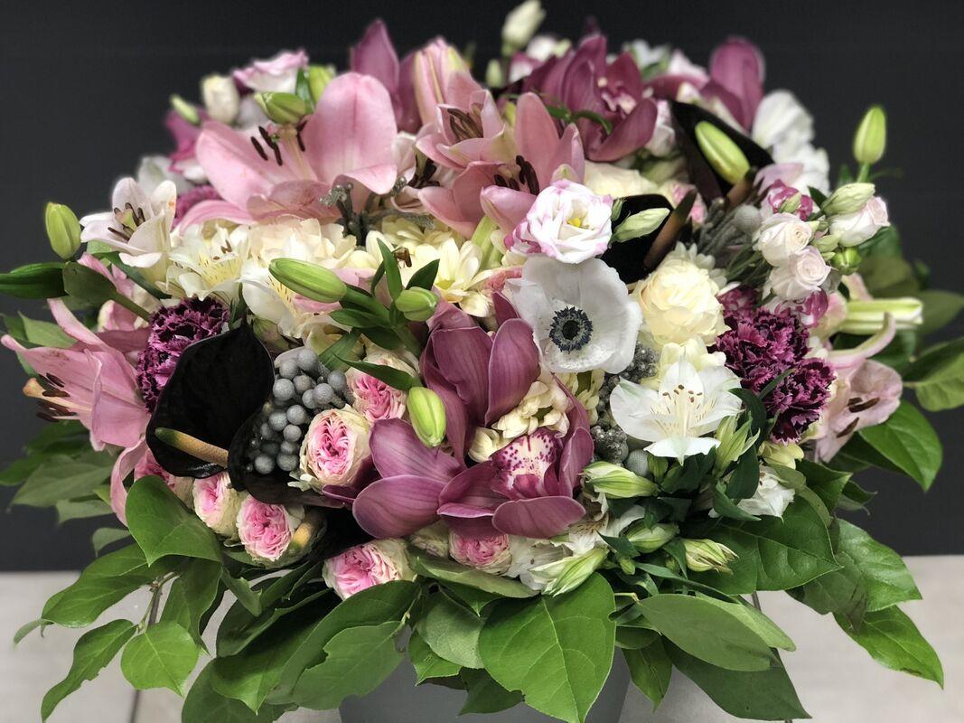 Магазин цветов Florita (Флорита) Букет из лилии, эустомы, альстромерии - фото 1