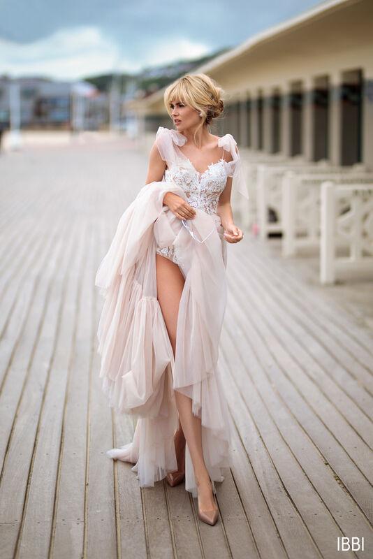 Свадебный салон Bonjour Galerie Платье свадебное IBBI из коллекции BON VOYAGE - фото 4