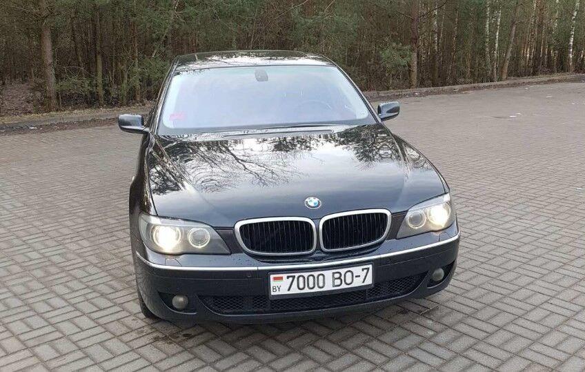Прокат авто BMW 730i - фото 1