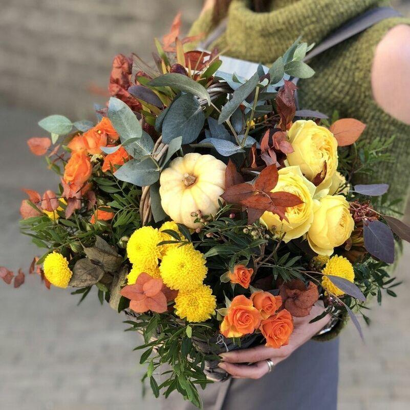 Магазин цветов Прекрасная садовница Корзина с розой Каталина - фото 1