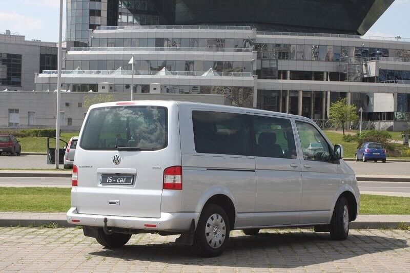 Аренда авто Volkswagen Caravelle T5 2009 г.в. - фото 2