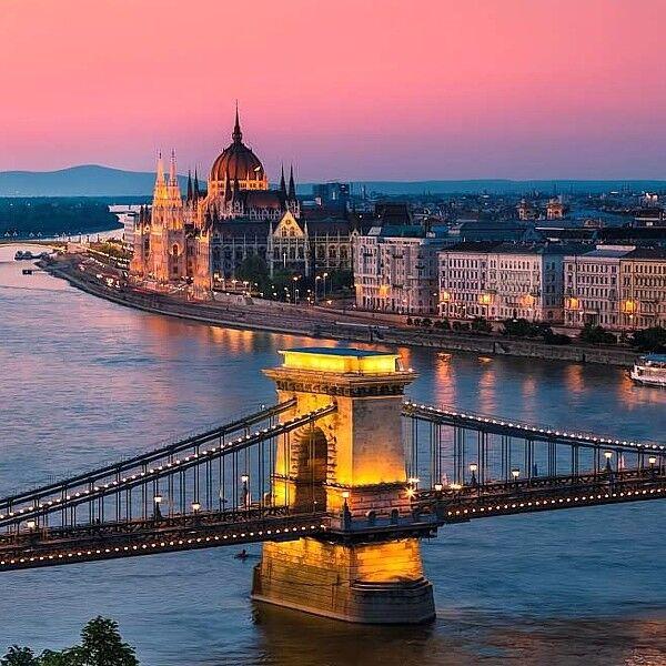 Туристическое агентство ИрЭндТур Автобусный экскурсионный тур «Цветущий Будапешт» - фото 2